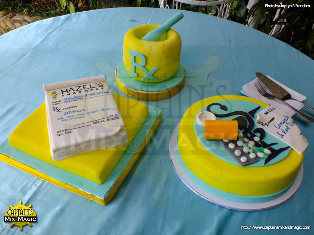 Pharmacy 3 Piece Set Cakes