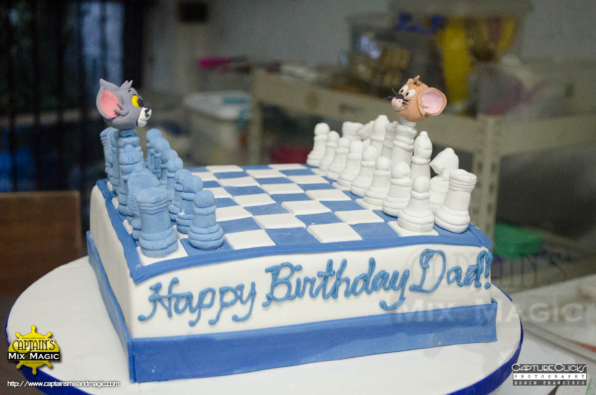 Tom & Jerry Chess Cake