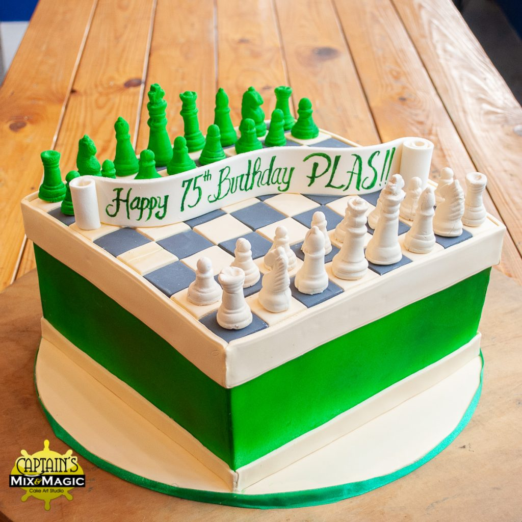 Green and Cream Chess Set